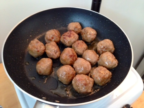 Cooking those sausage balls